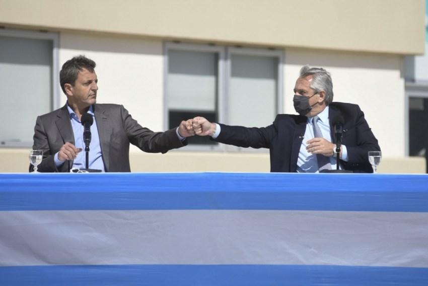 Al finalizar su discurso, Massa pidió a los argentinos: