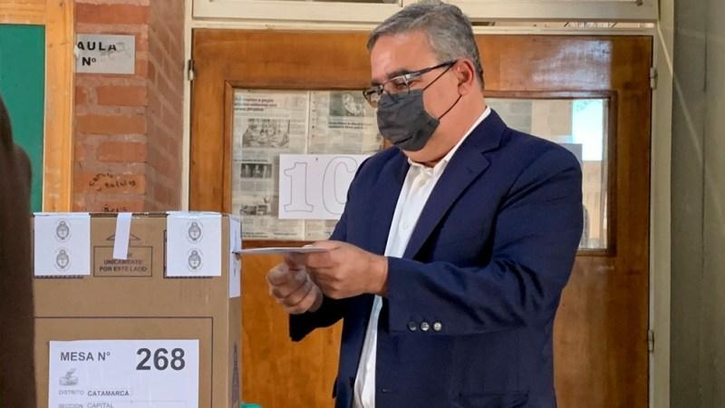 """Para el gobernador Jalil, los resultados """"se van a revertir"""" en las legislativas del 14 de noviembre próximo."""