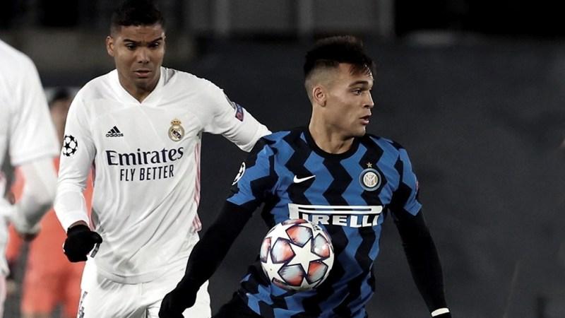 Duelo de campeones en Milán.