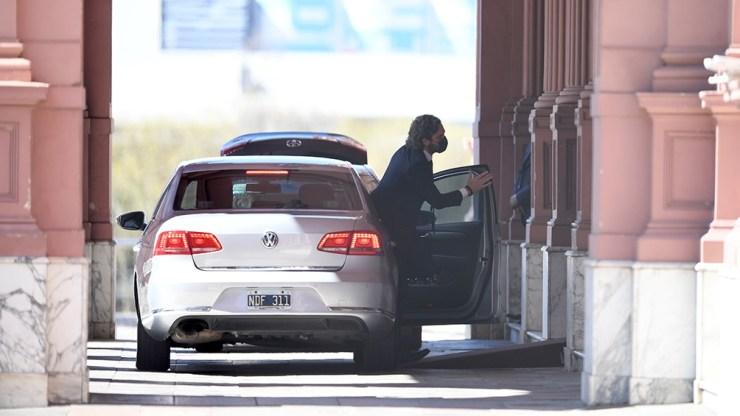 Santiago Cafiero llegó pasado el mediodía a la Casa de Gobierno. Foto: Fernando Gens