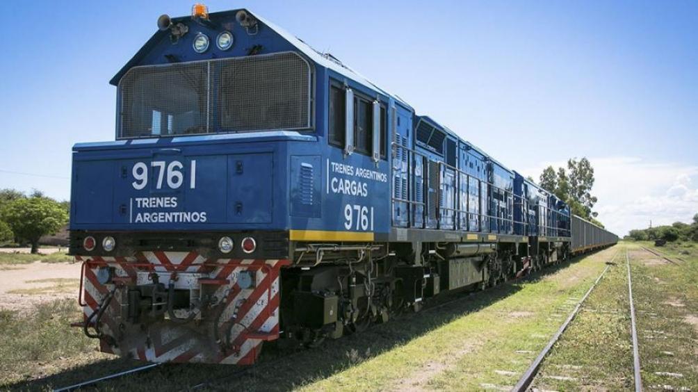 El ministro de Transporte defendió un sistema moderno, abierto y mixto público-privado.