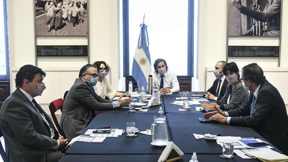 Resultado de imagen para reunion gobierno empresarios
