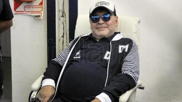 """Los fiscales no solo tienen prácticamente decidido cambiar la carátula a """"homicidio simple con dolo eventual"""", sino que además evalúa sumar nuevos imputados del entorno no médico de Maradona."""