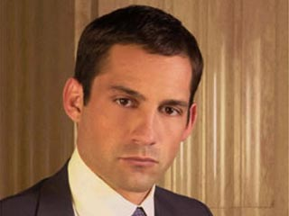 enrique murciano in off the map