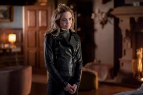 """Arrow: le foto del finale di serie svelano alcuni ritorni e un piccolo """"cross-over"""" 5"""