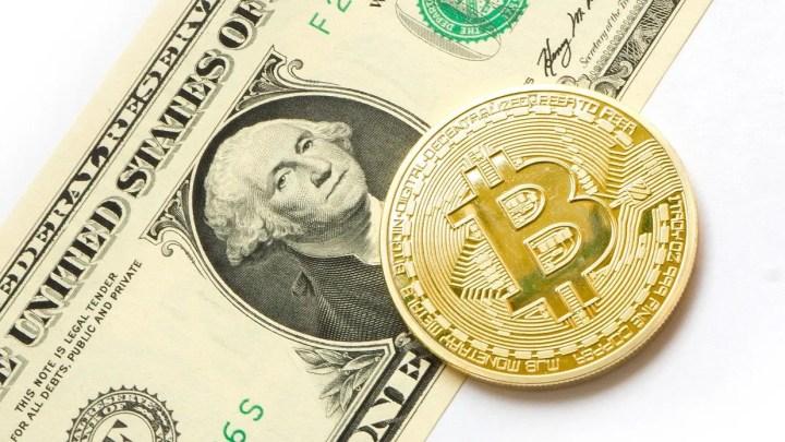 Bitcoin, conviene ancora comprare criptomonete? | ESCLUSIVA