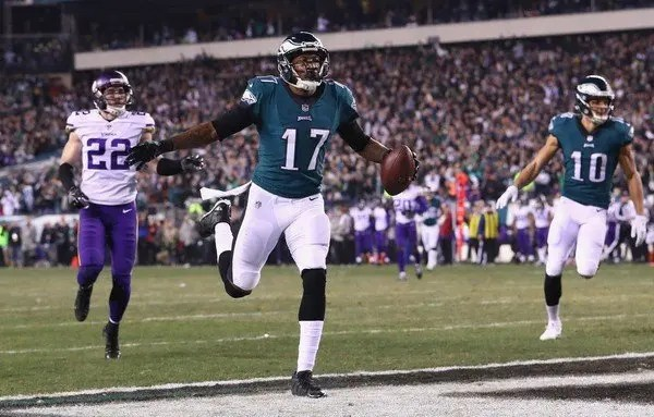 NFL, Patriots e Eagles alla contesa del Super Bowl