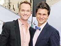 1362069361_neil-patrick-harris-david-burtka-lg
