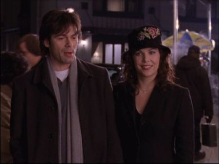 Lorelai---Alex-gilmore-girls-139988_533_400