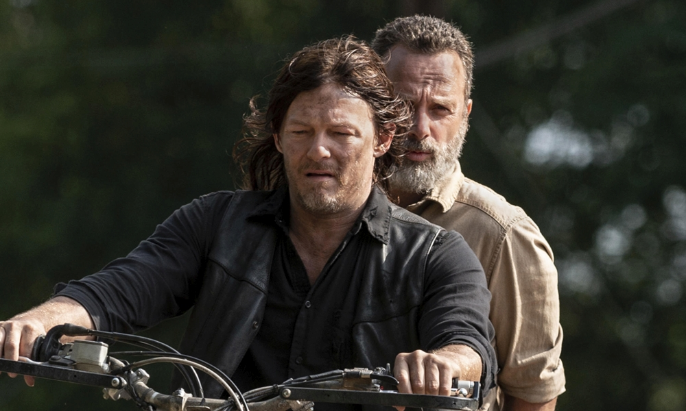 Norman Reedus insieme a Andrew Lincoln in The Walking Dead