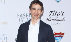 Christopher Gorham 2 broke girls