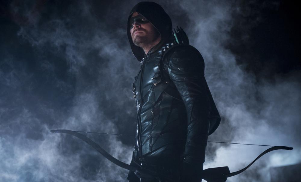 Arrow sesta stagione: una storia dominata da un cattivo troppo standard - La recensione.