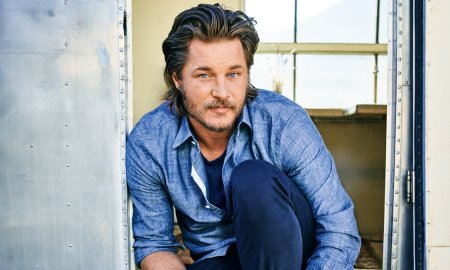 travis fimmel raised by wolfes