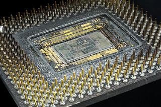 Transistor e processori: uno sguardo oltre Moore