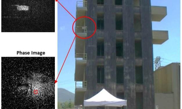 Olografia digitale per il monitoraggio di aree urbanizzate in caso di terremoti, traffico pesante e opere pubbliche di grande impatto