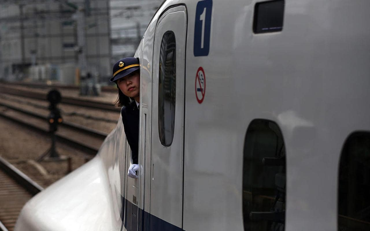 Driver Of 175mph Japanese Bullet Train Caught With Feet Up