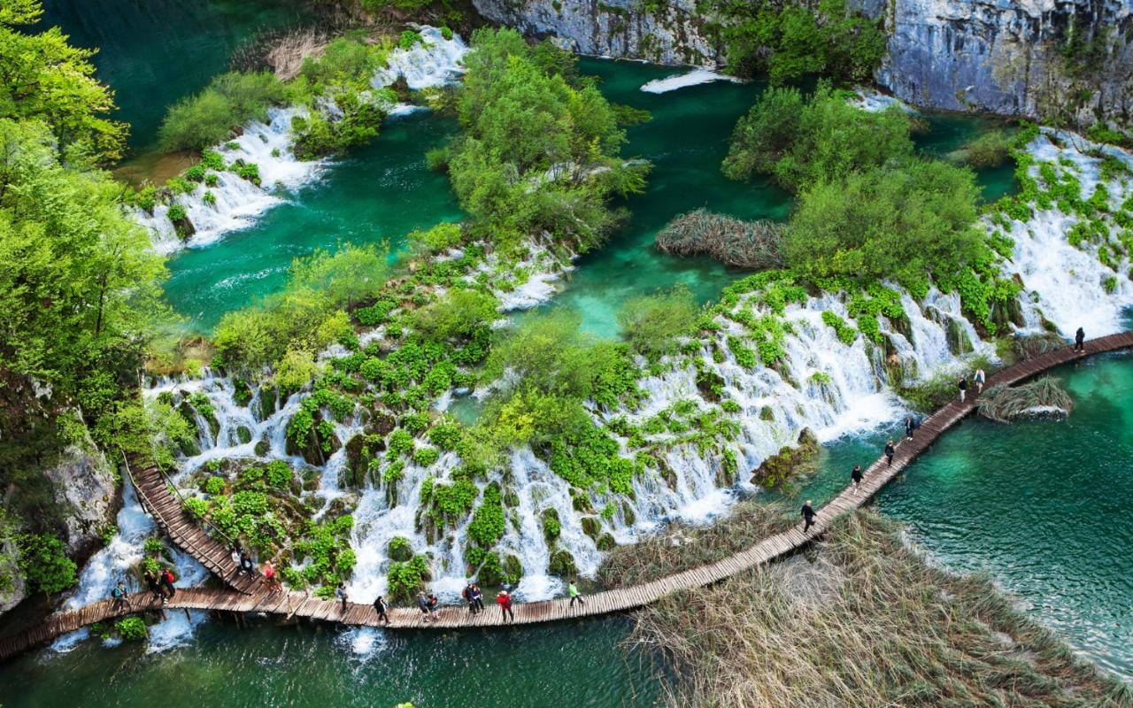The World S Best Walking Holidays 20 Incredible Rivers