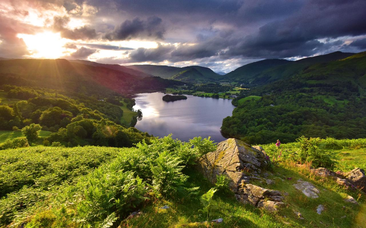 The First Flights To The Lake District For 25 Years Are