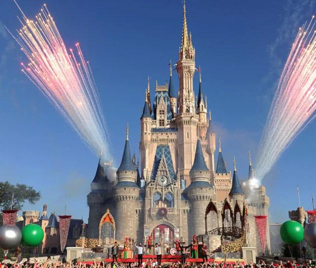 Walt Disney World Orlando Florida Visitor Guide Advice Ticket Prices And