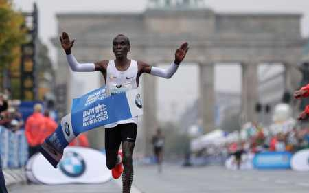 Image result for Kenyan Eliud Kipchoge's sets New Marathon World Record in Berlin