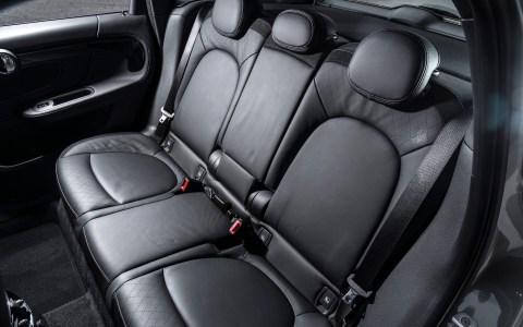 Mini Countryman S E rear seats