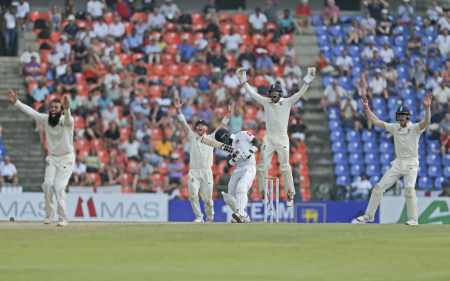 England appeal for the dismissal of Angelo Mathews for 88 CREDIT: GETTY IMAGES