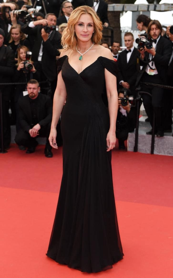 Julia Roberts wears a classic Armani black gown with an eye-watering Chopard necklace