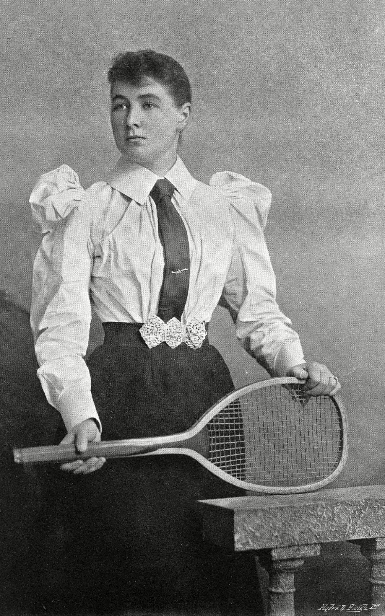 In 1900 Charlotte Cooper Became The First Ever Womens