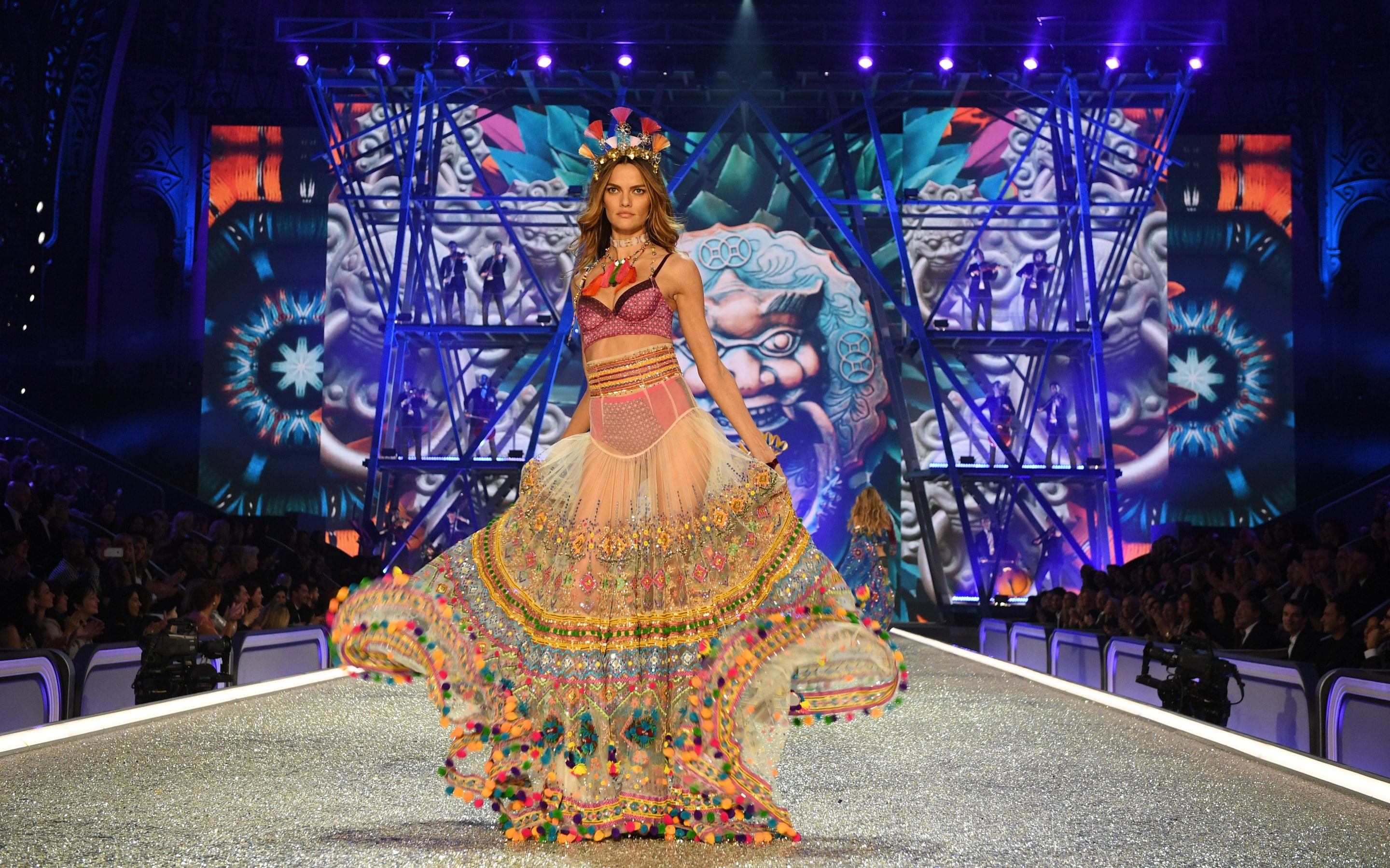 Victoria s Secret Fashion Show 2016  Inside the world of  3million     Pom poms and embroidery featured on the 2016 Victoria s Secret catwalk