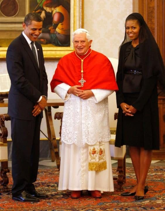 Michelle Obama meets Pope Benedict XVI in July 2009