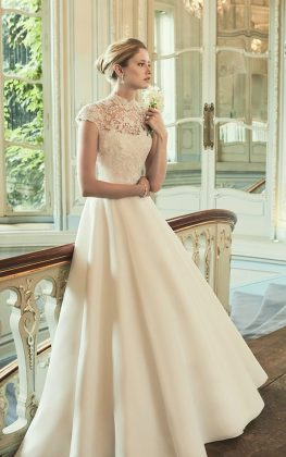 Why January is the best time to buy your wedding dress Phillipa Lepley s Margaux gown