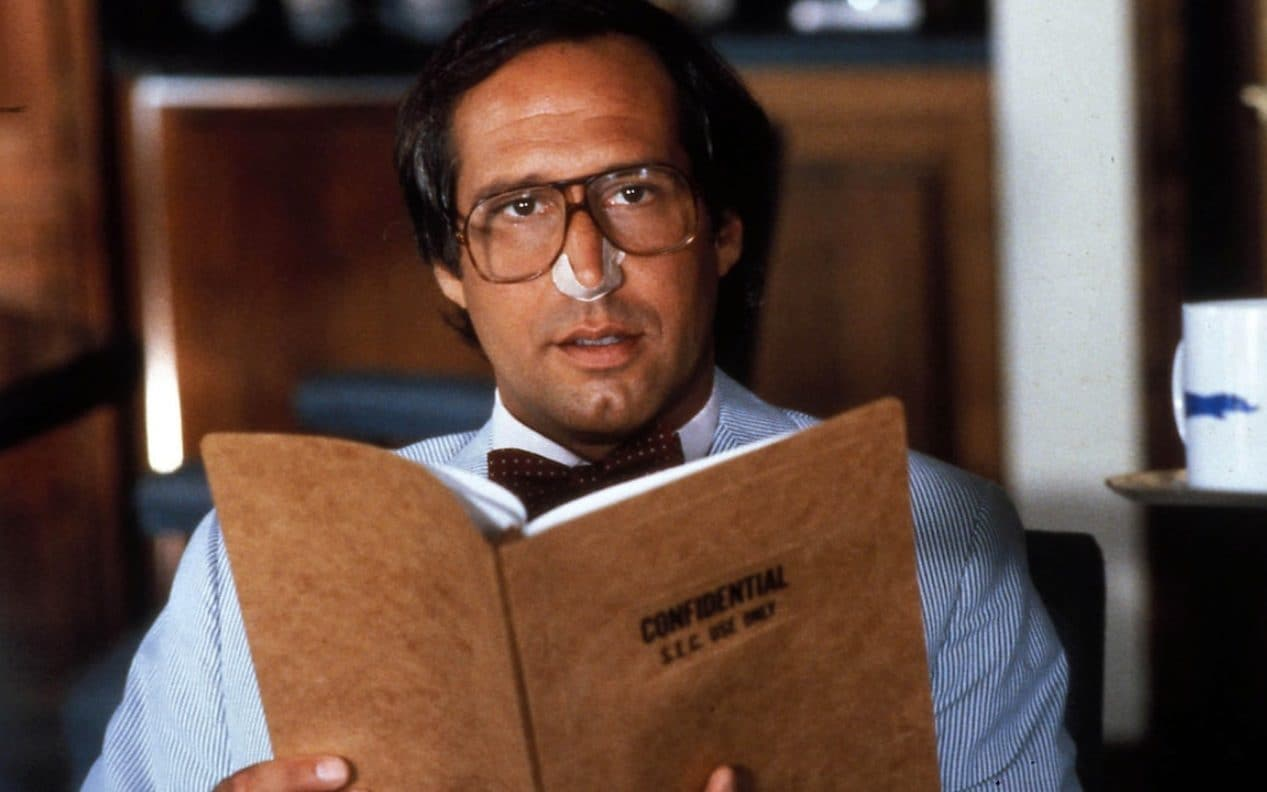Mean  arrogant  delusional  why did America fall in love with Chevy     Chevy Chase in Fletch Lives  1989