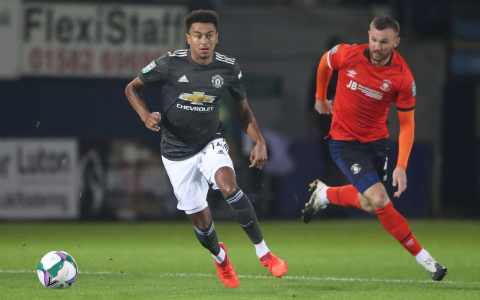 Luton Town vs Manchester United, Carabao Cup: live score and latest updates