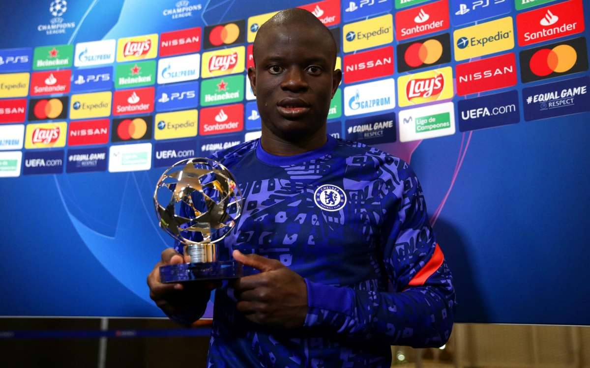 Ngolo Kante of Chelsea poses for a photo with the UEFA Player of the match award after the UEFA Champions League Semi Final First