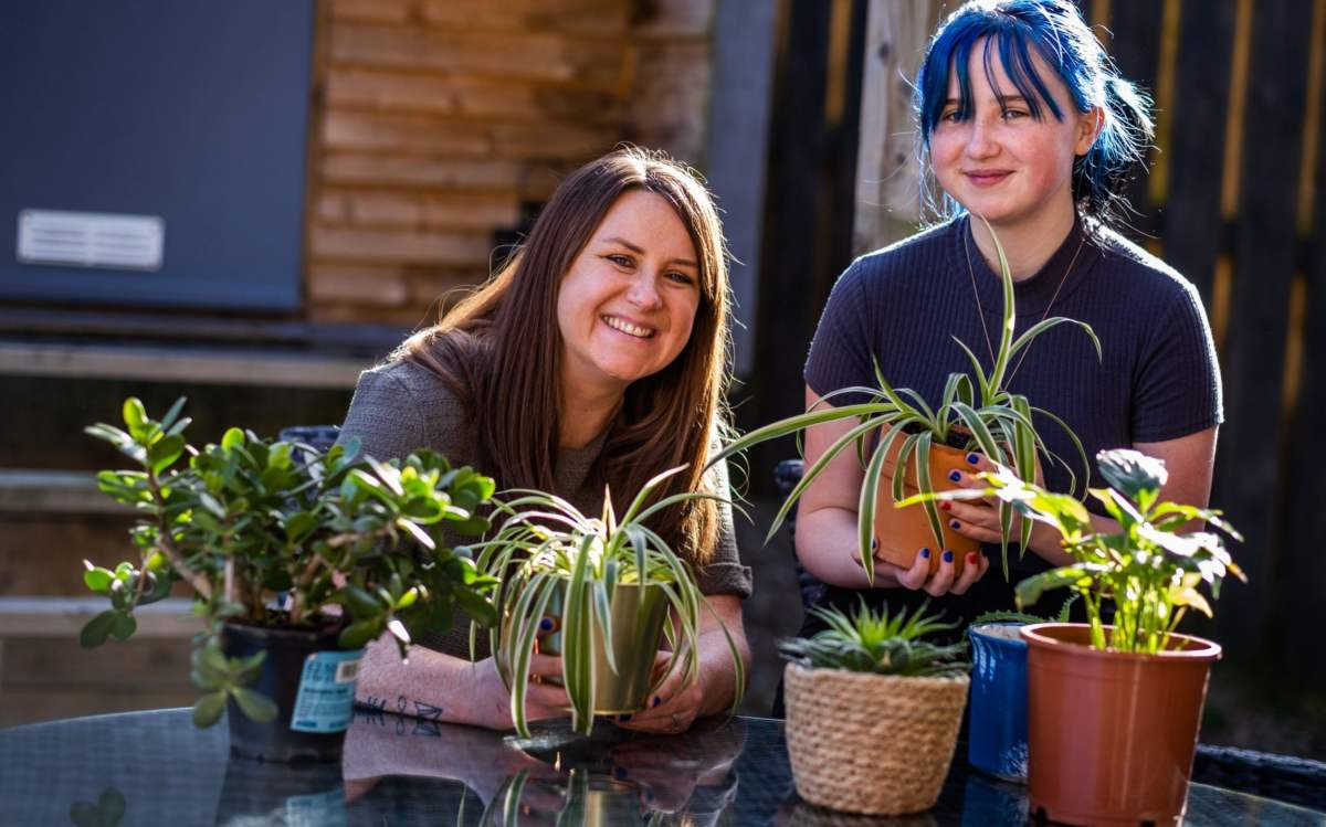 Gardening has help Wendy Russell, pictured with daughter Mia, cope with grief