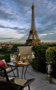 Le Bar à ciel ouvert by Krug at the Shangri-La Paris