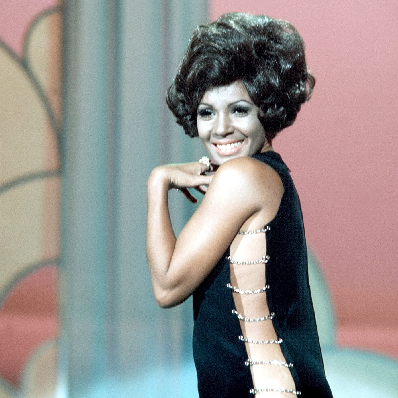 Why Shirley Bassey Is Horrified By Todays Pop Stars