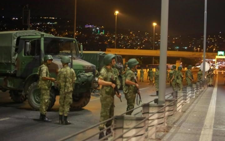 Turkish military block access to the Bosphorus bridge