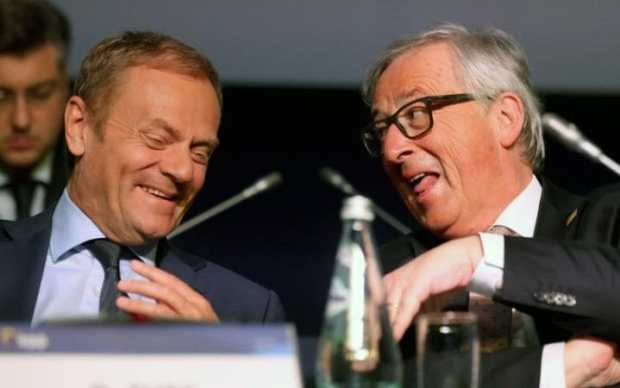 Donald Tusk (L), President of the European Council and Jean-Claude Juncker (R), President of the European Commission