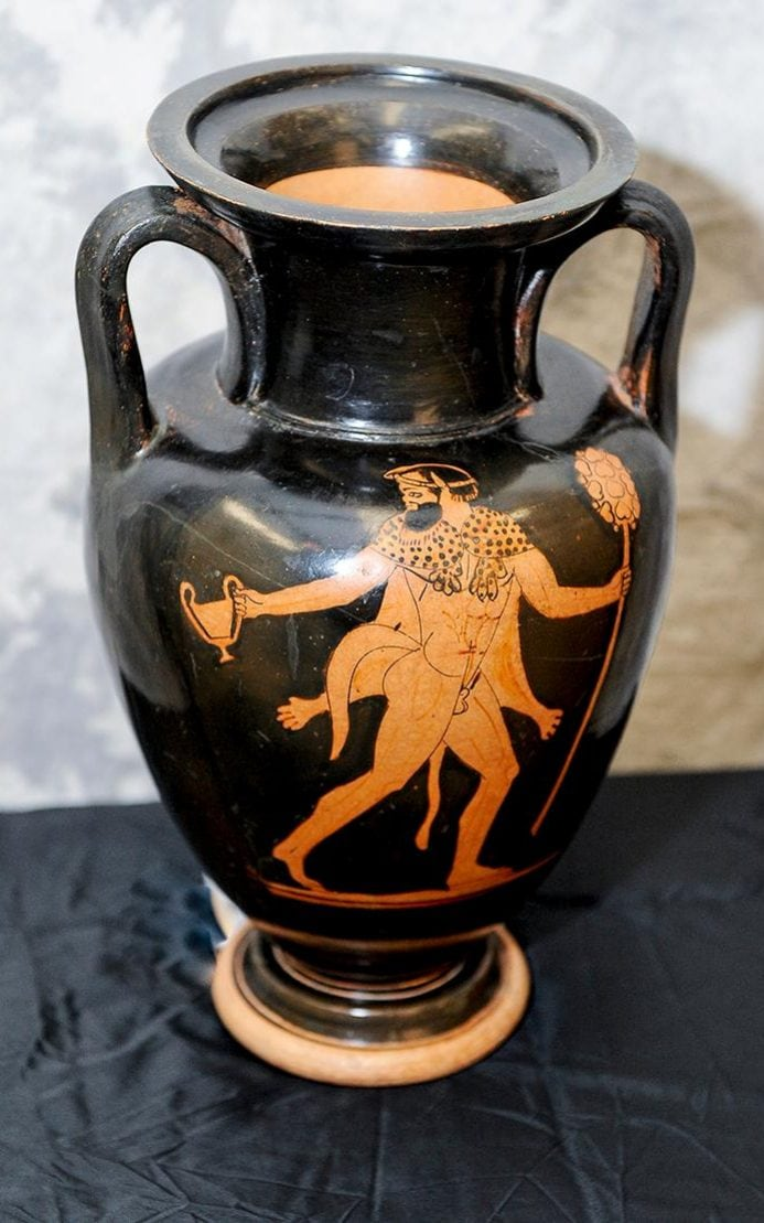 One of the vases that was recovered