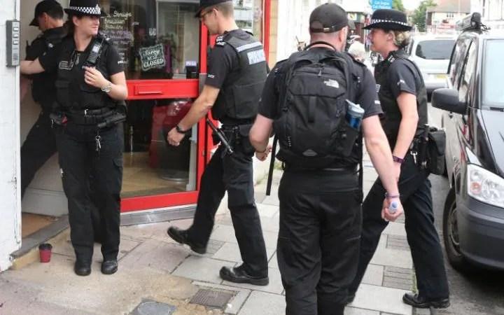 Police search teams arrive in Shoreham, Sussex