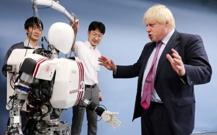 Boris Johnson interacted with a robot in Japan