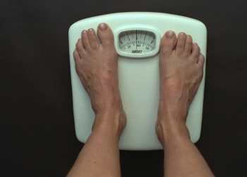 Slimmers on 5:2 diet lose twice as much as weight as those trying 'Paleo'