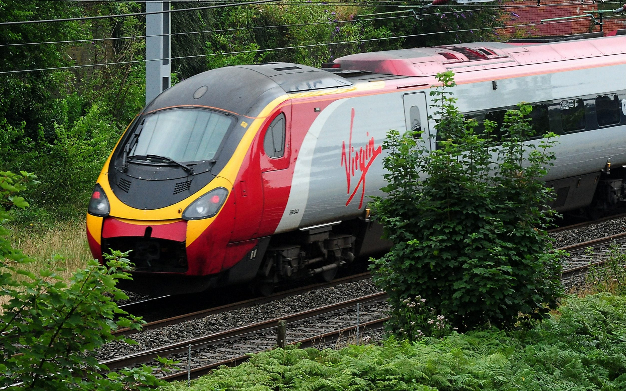 Flight shaming sees record number choose train over plane to get from London to Glasgow, Virgin announces