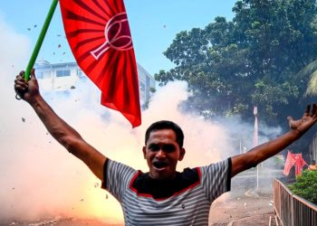 Former defence chief who led brutal suppression of Tamil Tigers wins Sri Lanka presidential election