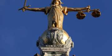 Abuse victims to be given second phones to boost conviction rates