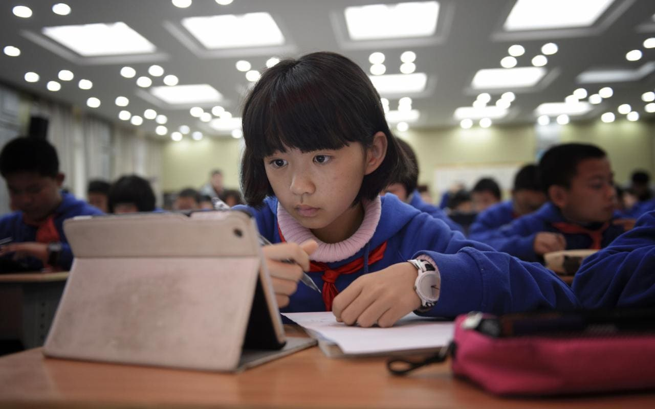 Lifelong Online Education