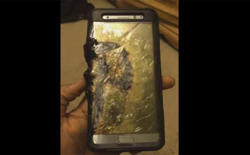 Image result for replacement samsung galaxy note 7 phone catches fire on southwest plane