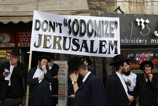 Ultra-Orthodox Jews protest in the Mea Shearim Orthodox neighbourhood of Jerusalem