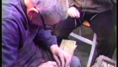 Giuseppe Macciò, Bepin er Cariè, nel suo laboratorio di calzolaio